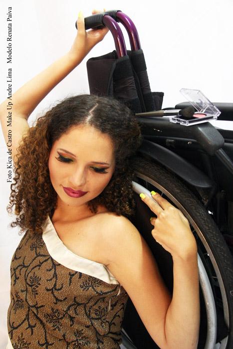 Renata Paiva em editorial de make para Andre Lima